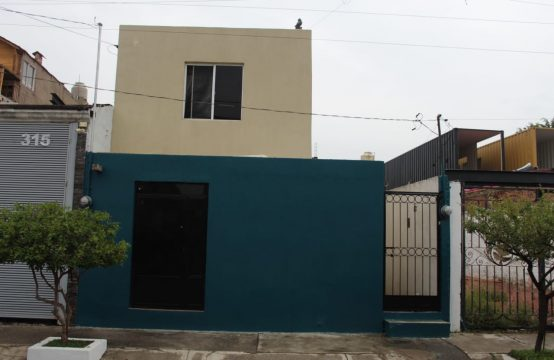 Venta de Casa Col. San Carlos, Guadalajara, Jal.